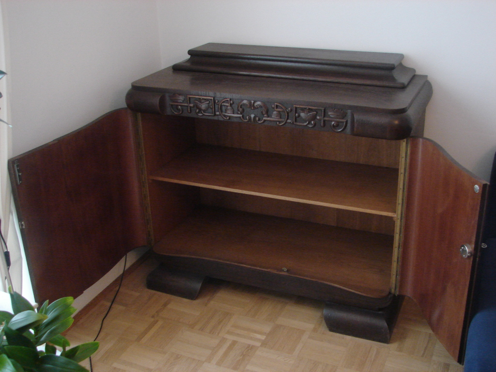 art deco kommode anrichte buffet schrank gr nderzeit m bel storz m nchen. Black Bedroom Furniture Sets. Home Design Ideas
