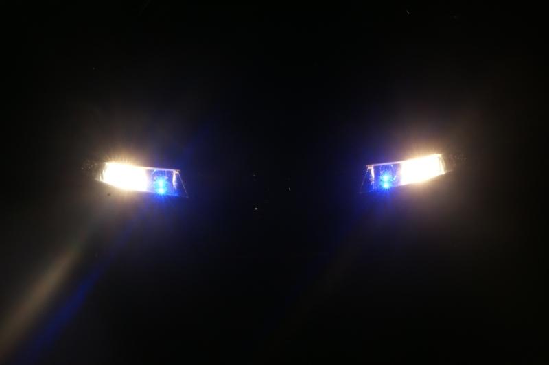ist das standlicht eingeschaltet wenn man abblentlicht an hat auto licht lampe. Black Bedroom Furniture Sets. Home Design Ideas