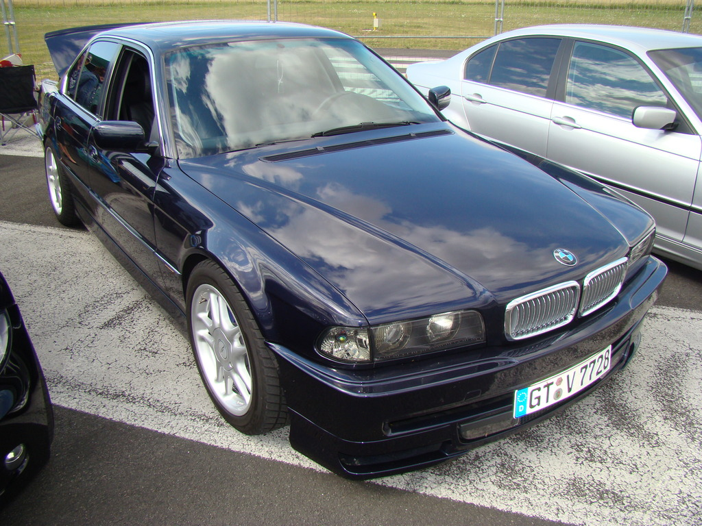 BMW Freunde bei Syndikat Asphaltfieber 2010 +Video - Fotos von Treffen & Events