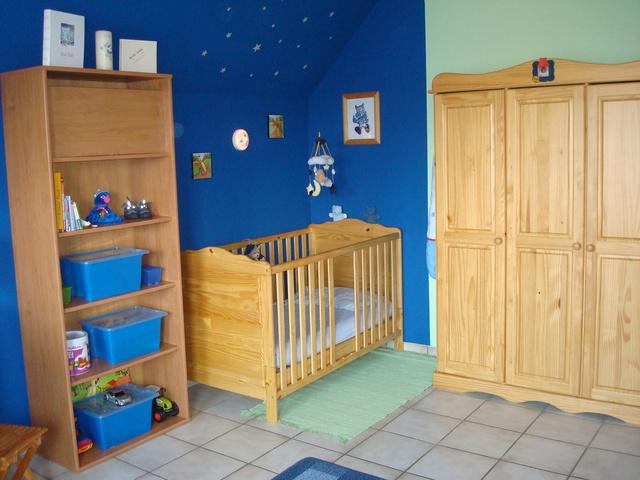 jungen kinderzimmer farbe jaaaaaaaaaaaa geschafft bilder s 2 page 1 allgemein. Black Bedroom Furniture Sets. Home Design Ideas