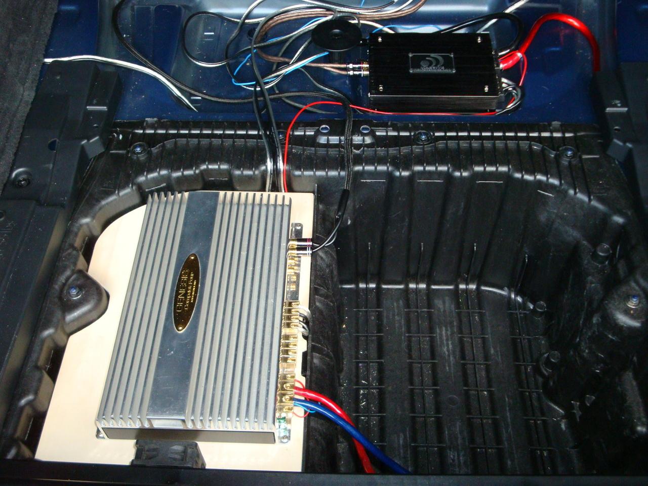audio system r100 4 einbauort im e91 car hifi telefon. Black Bedroom Furniture Sets. Home Design Ideas