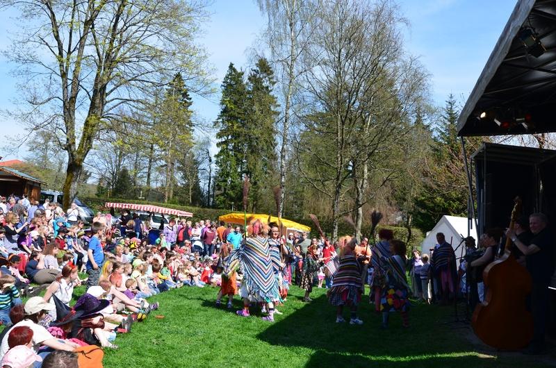 Walpurgisfete im Kurpark 2012 (Bilder) Dsc_70061600x120089ddw