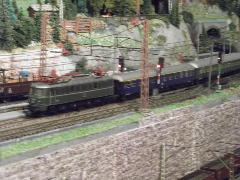 Mit dem Eilzug von Bregenz nach Linz ca. 1984 Dscf074790f7m