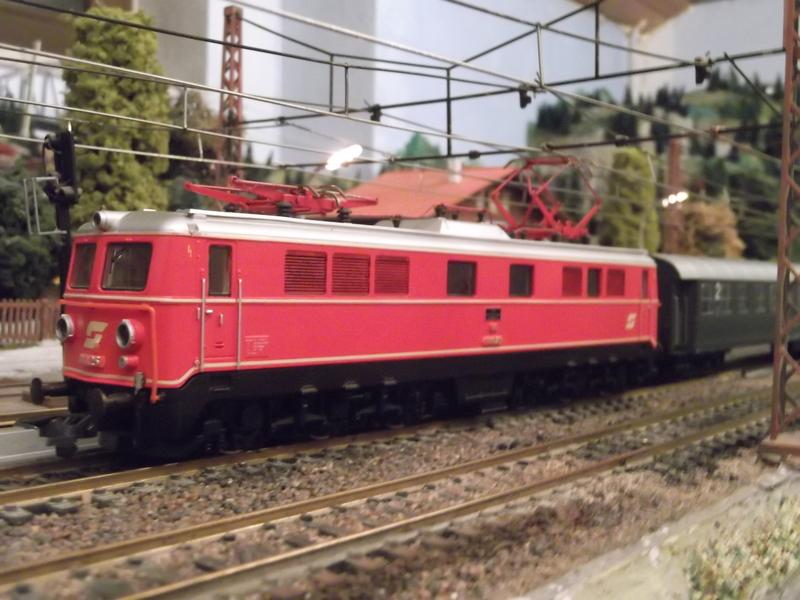 Mit dem Eilzug von Bregenz nach Linz ca. 1984 Dscf0757bakng