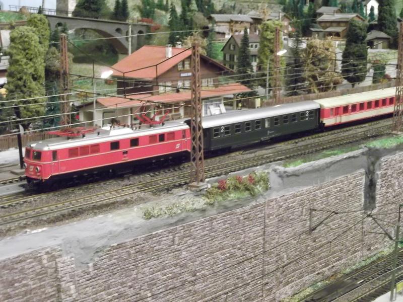 Mit dem Eilzug von Bregenz nach Linz ca. 1984 Dscf0759dxjk0