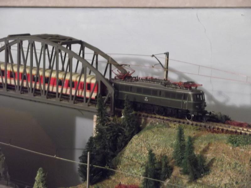 Mit dem Eilzug von Bregenz nach Linz ca. 1984 Dscf0764g4j28