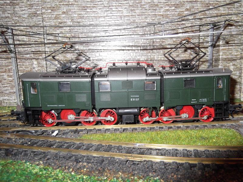 "DB E91 - ein ""Roco-Urgestein"" Dscf13529fjb5"