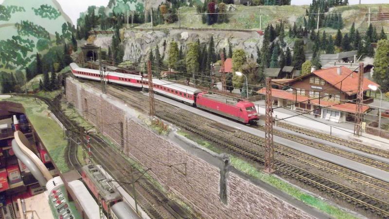 Eurocity der 1980er/1990er Jahre Dscf2055i2j9i