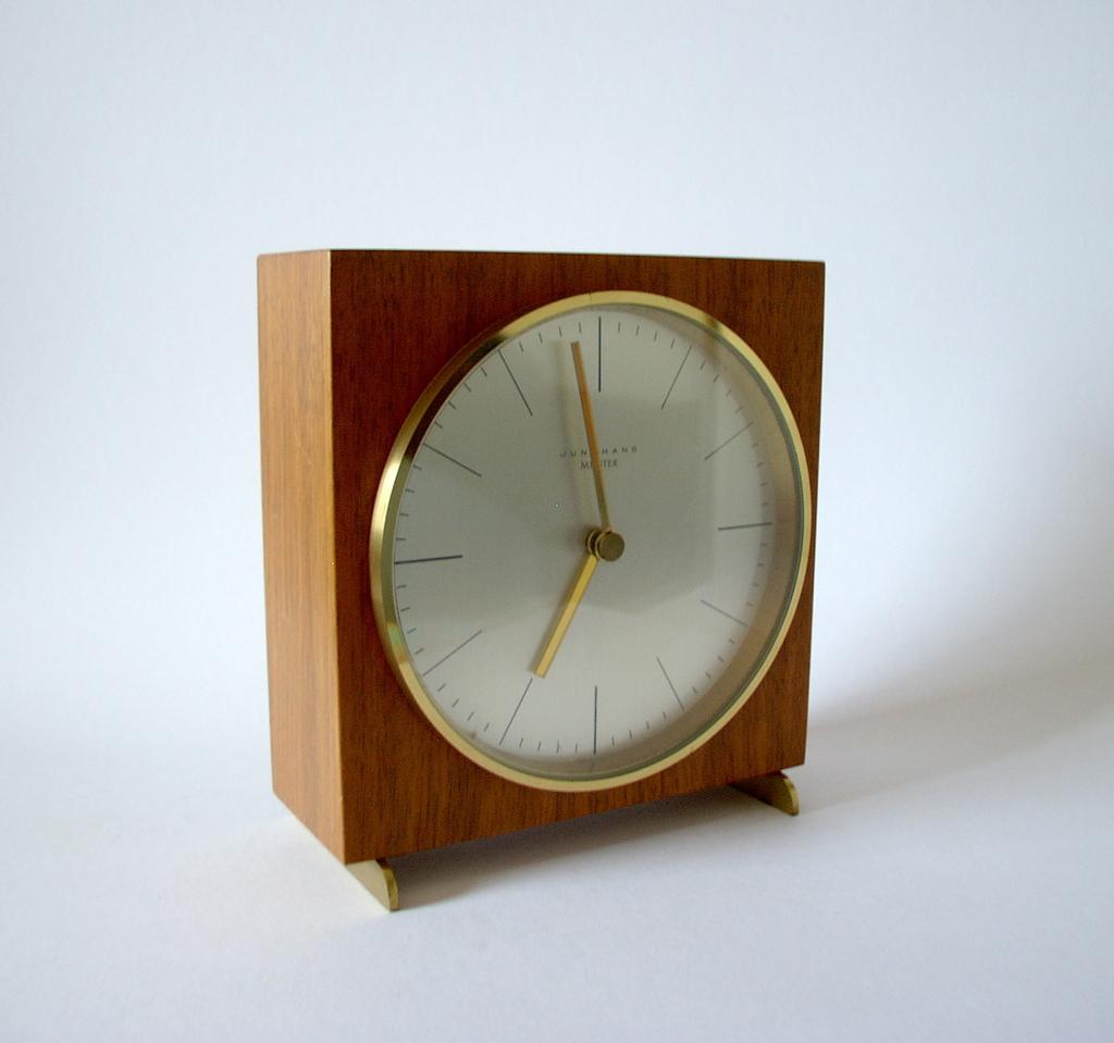 junghans max bill table mantle shelf bauhaus tischuhr no. Black Bedroom Furniture Sets. Home Design Ideas
