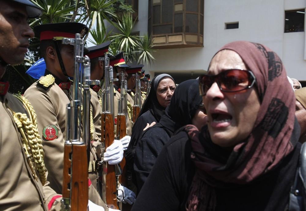 Update: La nouvelle Egypte de l´apres-révolte. - Page 6 Eg10s6cqd