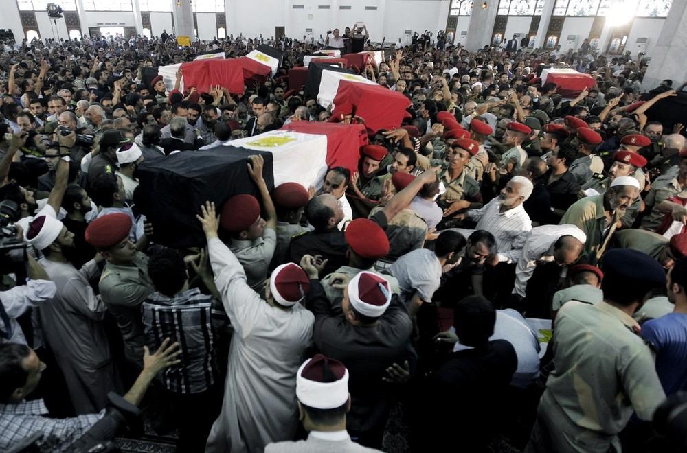 Update: La nouvelle Egypte de l´apres-révolte. - Page 6 Eg12p3dq0