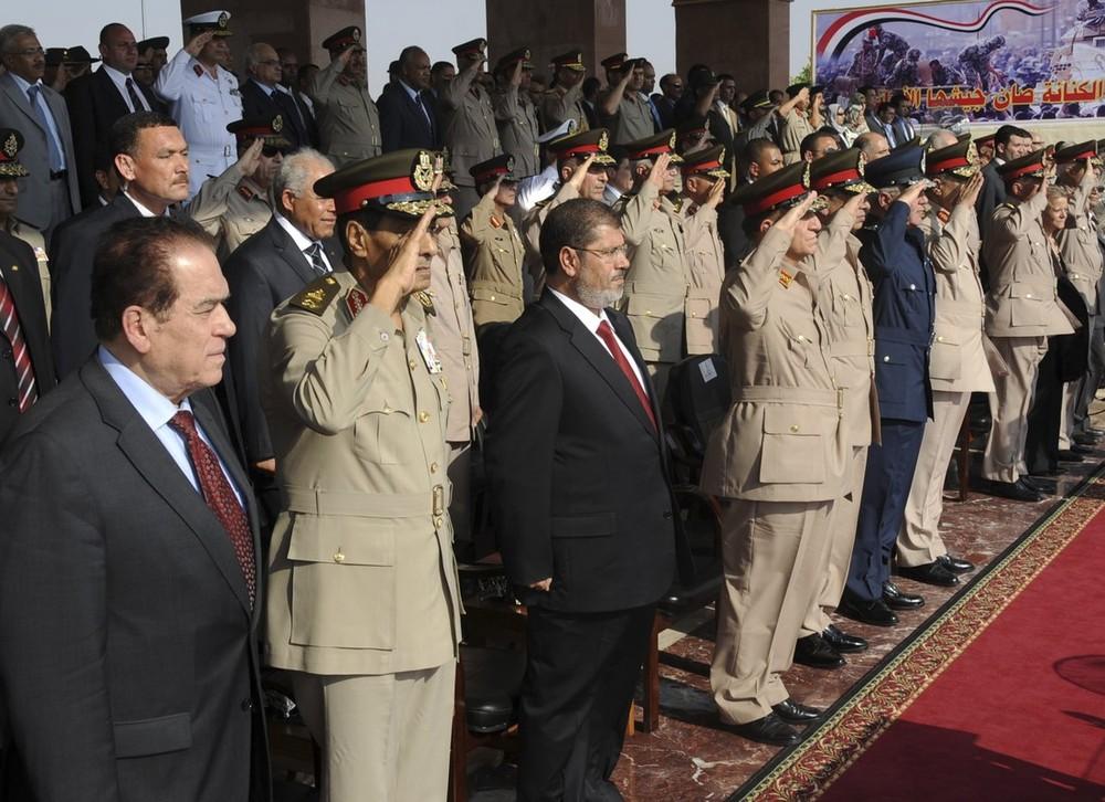 Update: La nouvelle Egypte de l´apres-révolte. - Page 2 Egypt6ravze