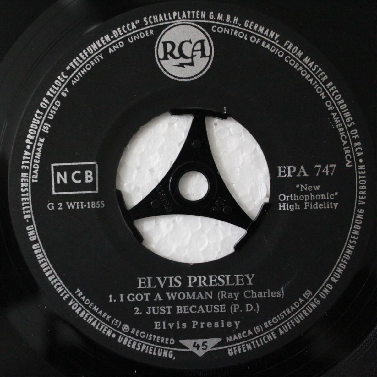 ELVIS PRESLEY Epa747db4jh2