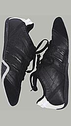 Herren-Schuhe für 19,95 Euro