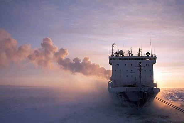 Arktyczna podróż atomowym lodołamaczem 22