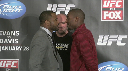 Rashad Evans (l.) und Phil Davis (r.) (Foto: MMAMania.com)