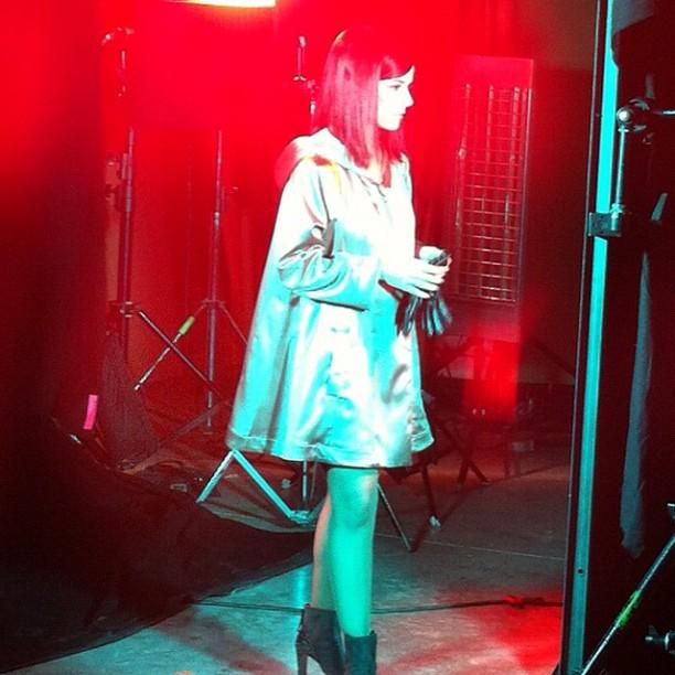 Alizée during shooting of A cause de l'automne