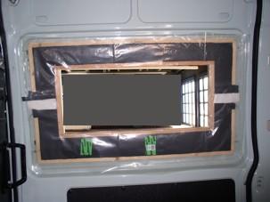 Rahmen, Isolierung und Dampfsperrfolie