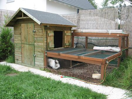 aussenstall in arbeit und planung nur wie kaninchen. Black Bedroom Furniture Sets. Home Design Ideas
