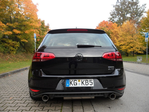 gti auspuff an 1 2tsi 85ps exterieur vw golf 7 forum. Black Bedroom Furniture Sets. Home Design Ideas