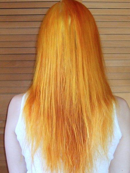 Schwarze haare blondieren