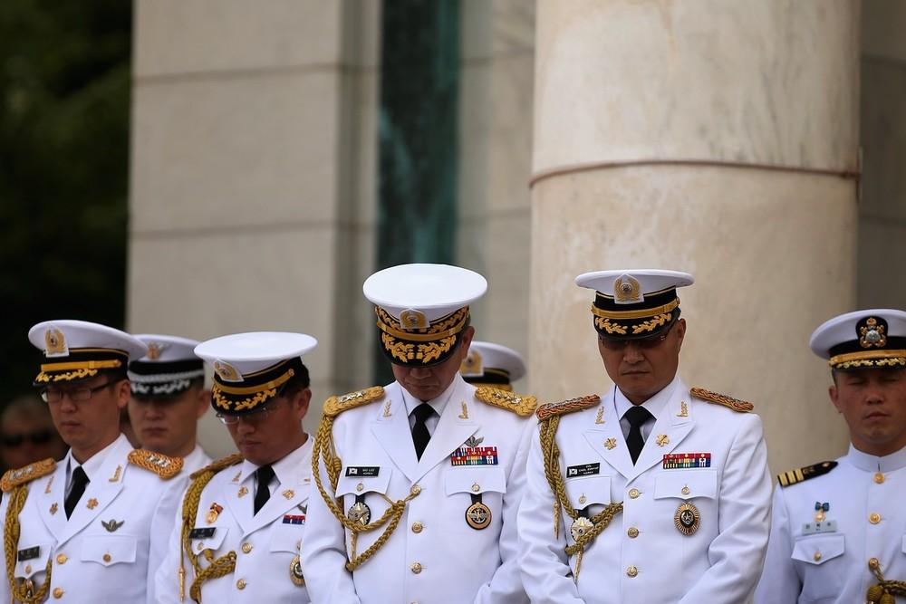 Snazziest Military Uniform Page 6 Spacebattles Forums