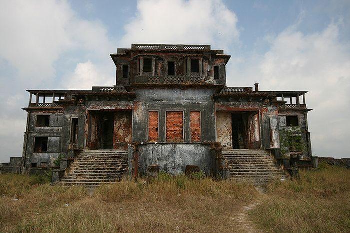 Bokor Hill Station 13