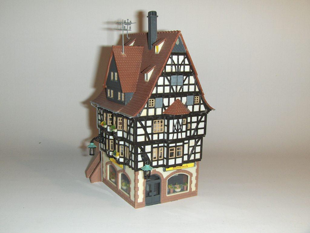 faller h0 altstadthaus mit blumenladen nr b 939 gb239 gebraucht kaufen bei. Black Bedroom Furniture Sets. Home Design Ideas