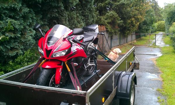 tipps f r motorrad transport auf einem h nger seite 2. Black Bedroom Furniture Sets. Home Design Ideas