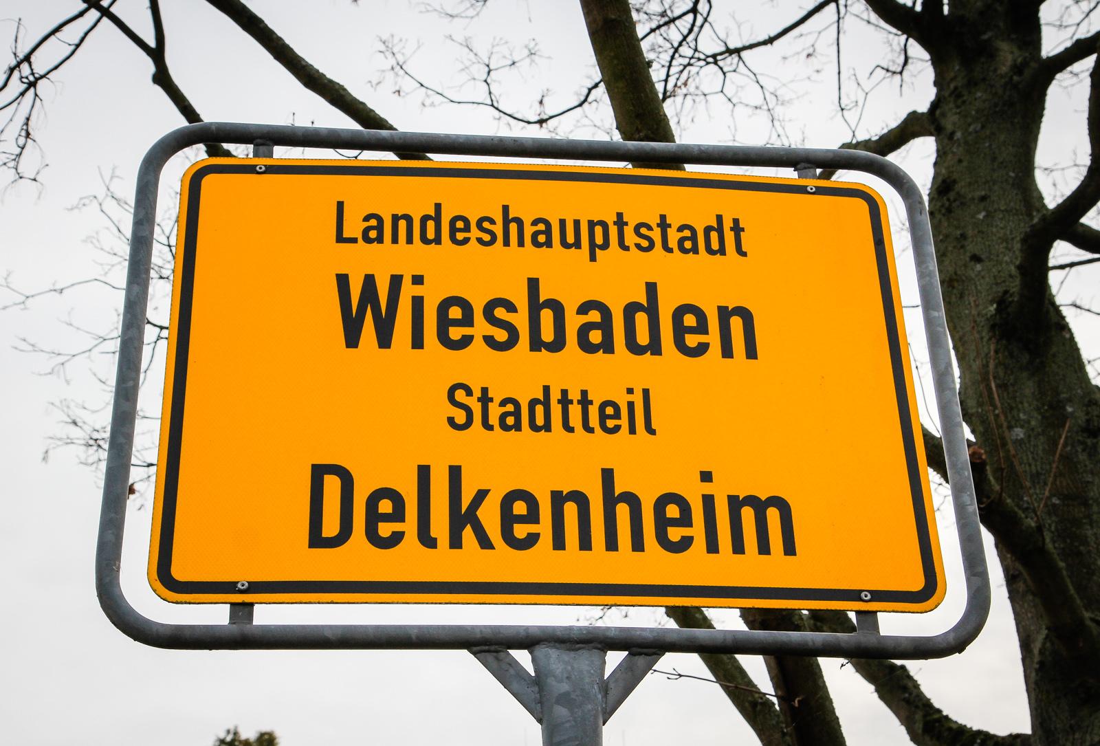 Delkenheim - Ortsschild
