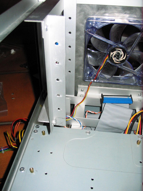 Einbau vom C2D & TR IFX14 und später Netzteil - anfangen mit dem ersten Problem beim neuen Boardeinbau