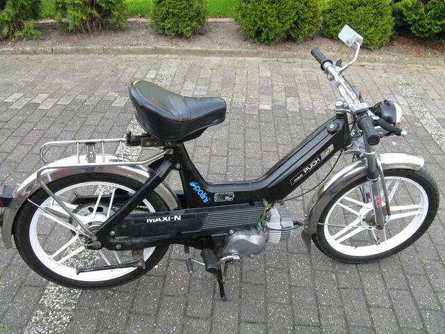 badmax s puch maxi goes moped mit t v segen vorstellung. Black Bedroom Furniture Sets. Home Design Ideas