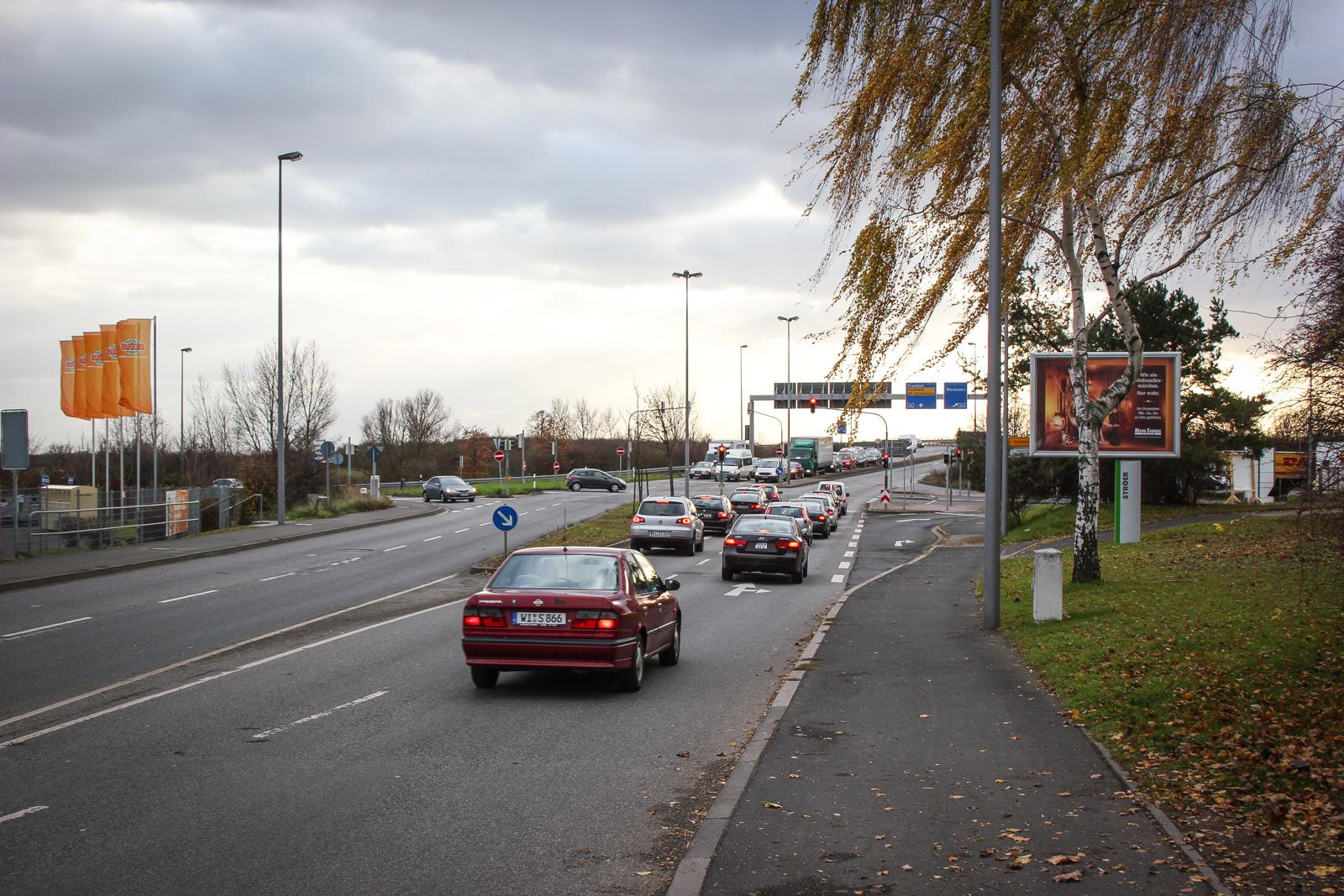 Nordenstadt - Kreuzung von A66 kommend
