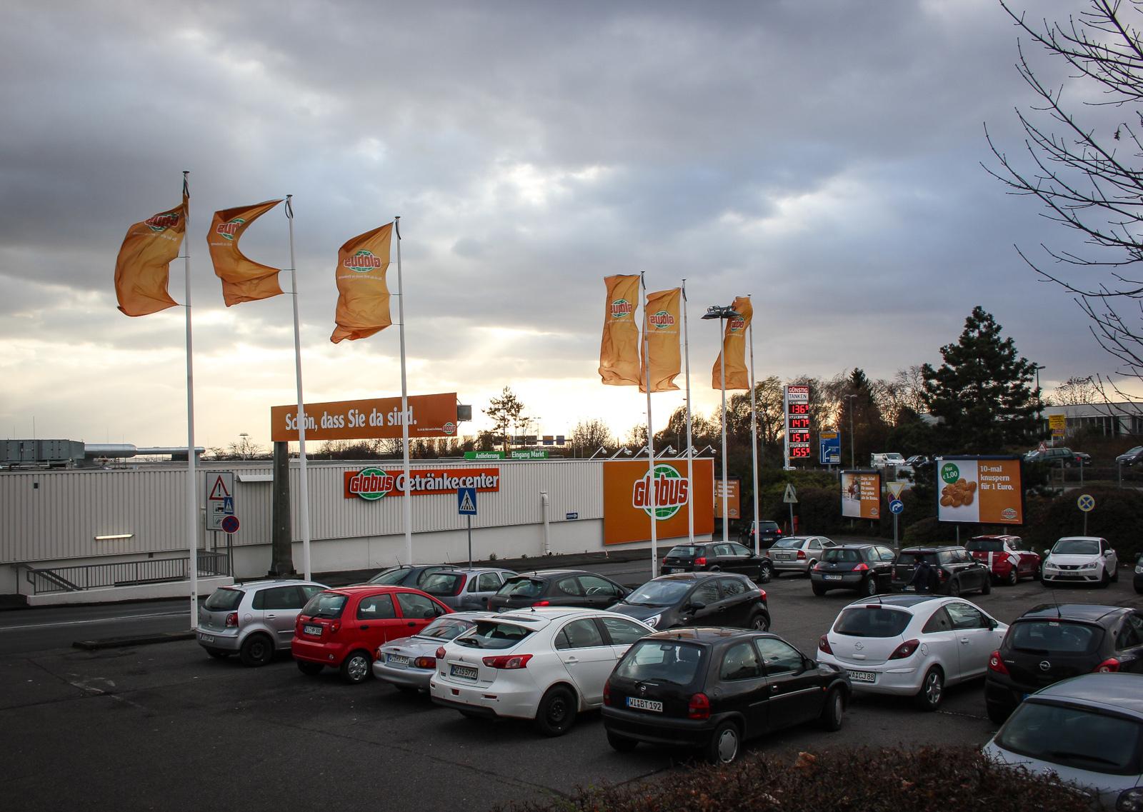 Nordenstadt - Blick auf den Globus Supermarkt