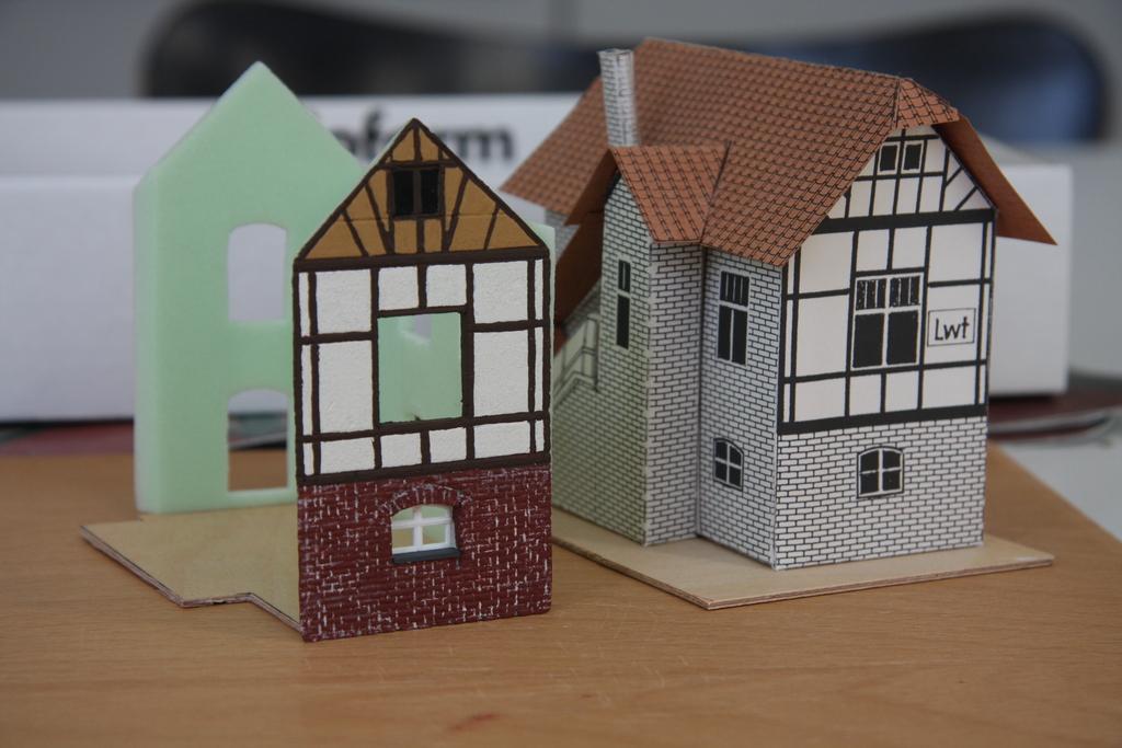 h user bauen mit heki dur h0 seite 4 stummis. Black Bedroom Furniture Sets. Home Design Ideas