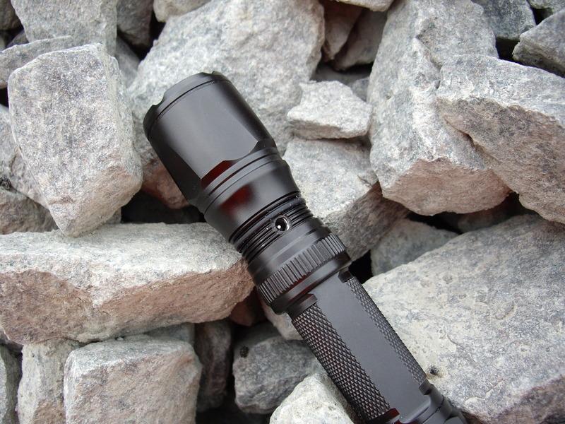 EDI-T T13R-18650 Taschenlampe