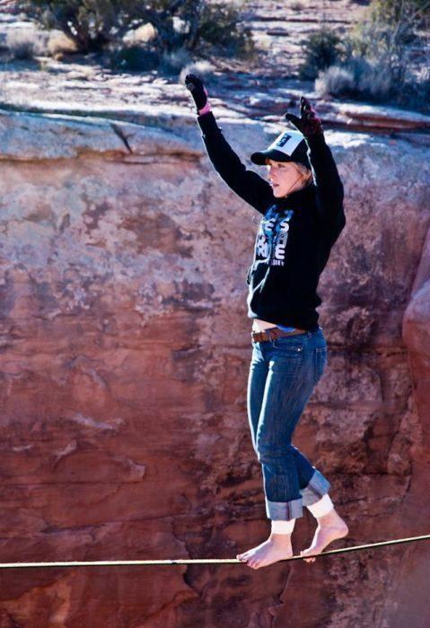 Faith Dickey - kobieta pozbawiona lęku wysokości 19