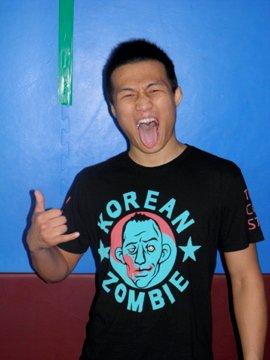 Glücklich über die Chance auf den Titel: The Korean Zombie. (Foto: koreanzombieshirt.com)
