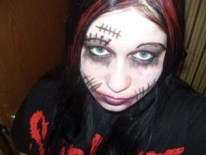 Najdziwniejszy makijaż 14