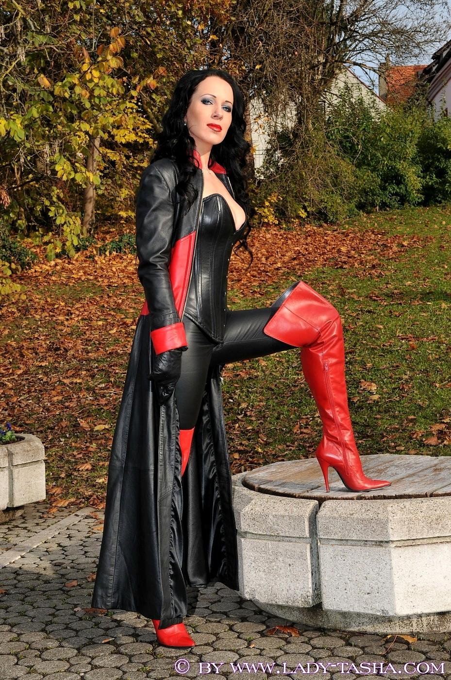 Neues von Lady Tasha - Seite 62 - Leather Forum