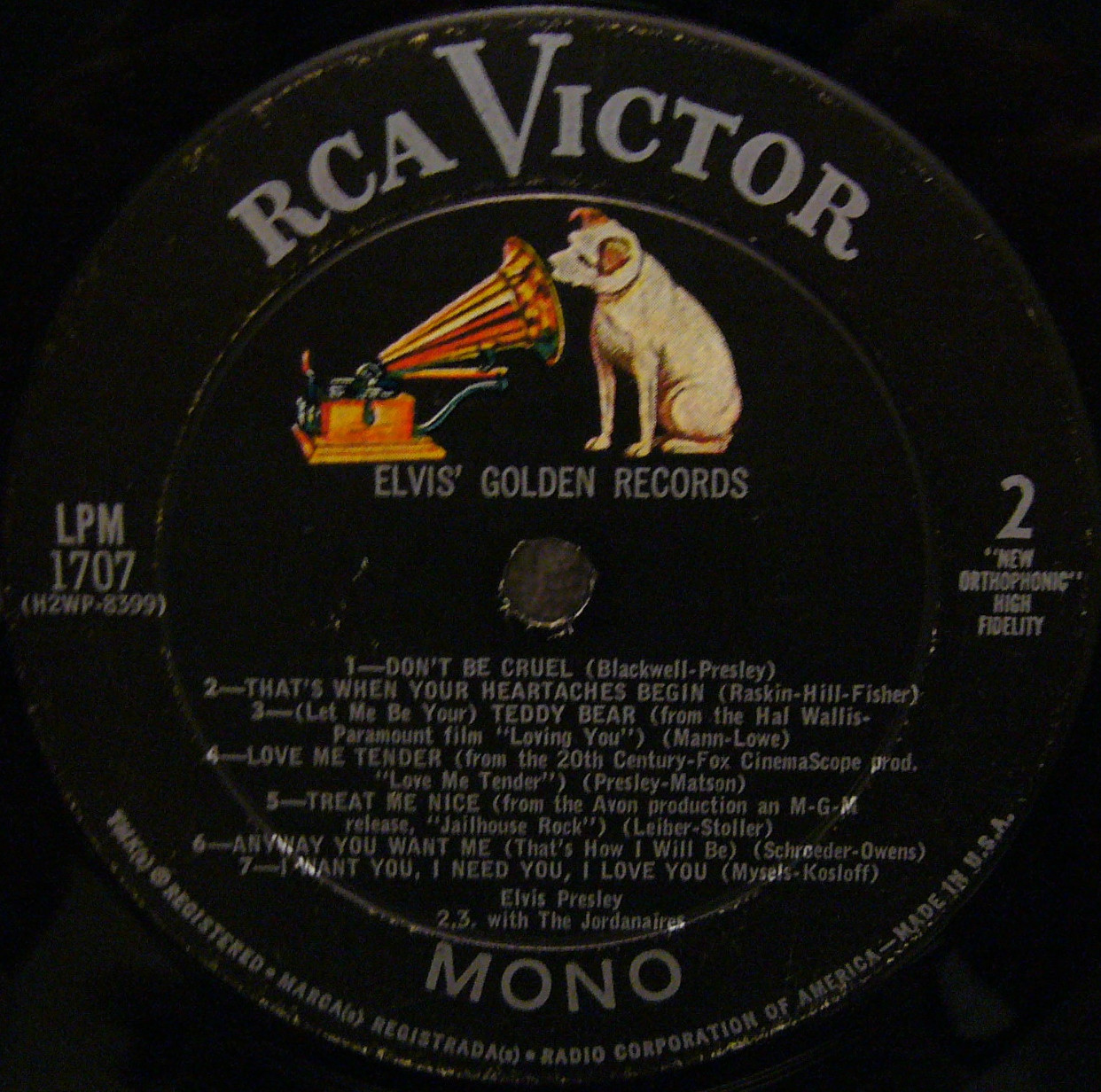 ELVIS' GOLD RECORDS  Lpm1707re2dfiqvw
