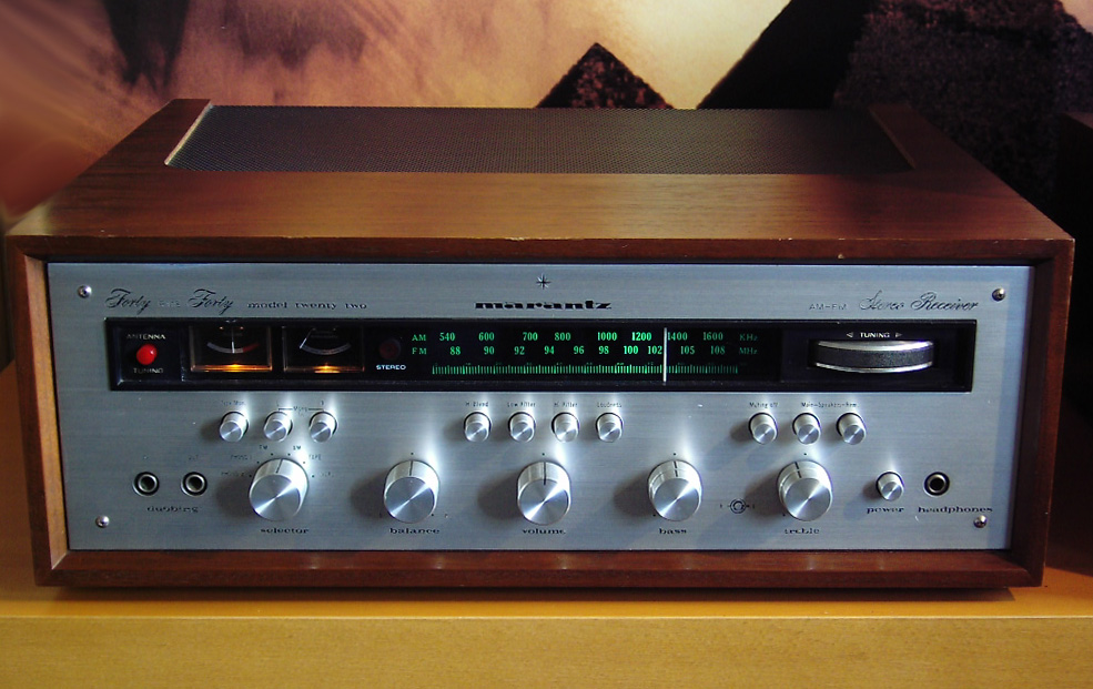 Marantz Model 22 Receiver (1970)
