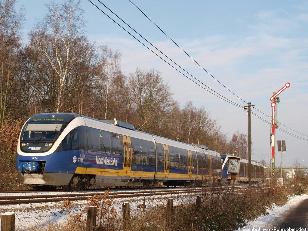http://www.abload.de/img/nordwestbahn741dorsten6cwd.jpg