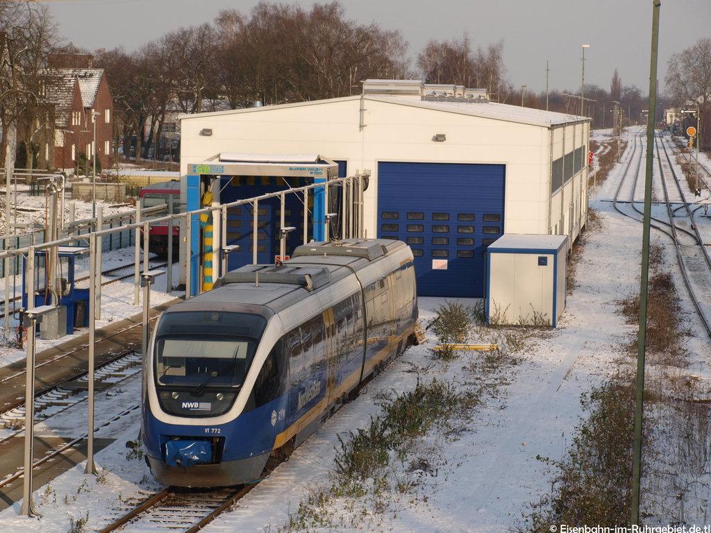 http://www.abload.de/img/nordwestbahn772dorstenlcjz.jpg
