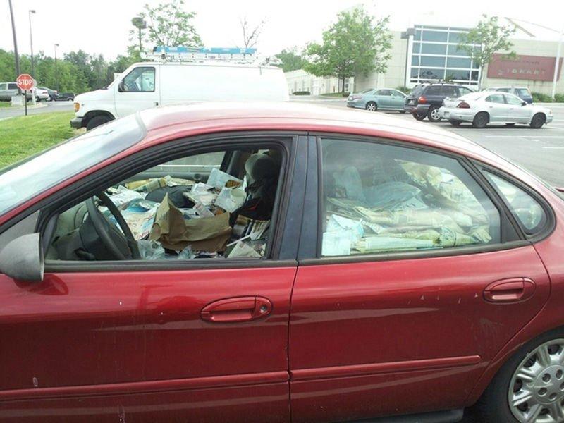Czasami warto posprzątać w samochodzie 11