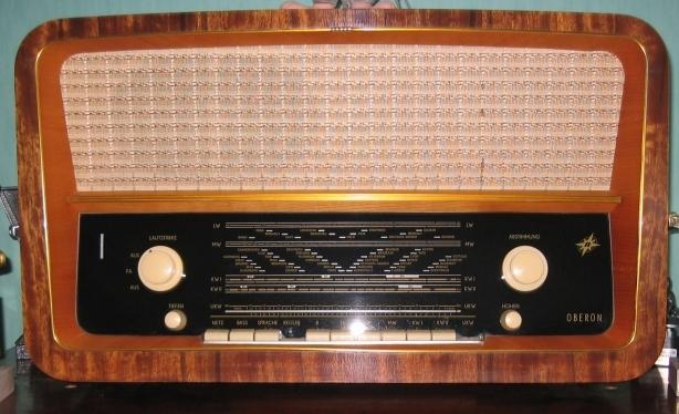alte r hrenradios reparieren rundfunk und tuner. Black Bedroom Furniture Sets. Home Design Ideas