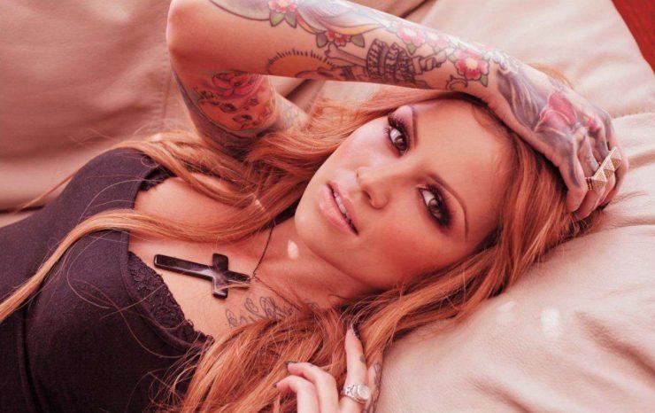 dziewczyny z tatuażem 27
