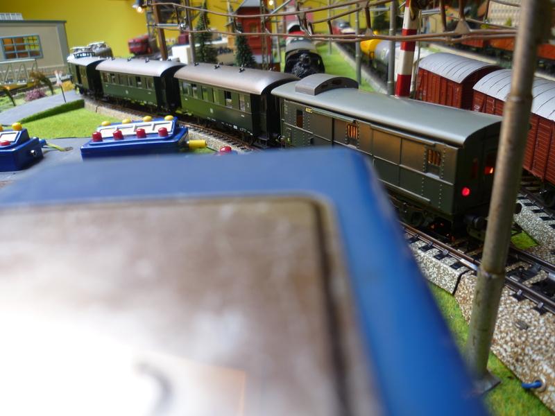 Züge die man normal aus vorbildwidrigen/Stilbruchgründen nicht fahren lässt P10104277nef