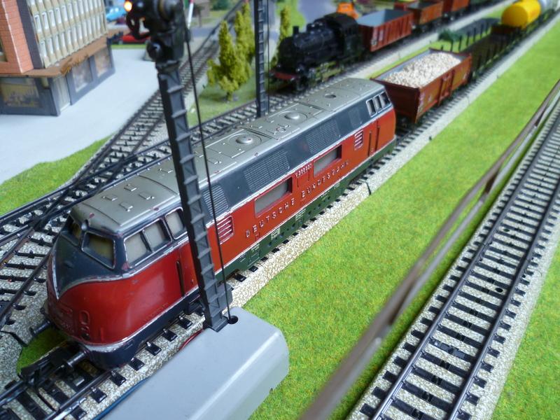 Züge die man normal aus vorbildwidrigen/Stilbruchgründen nicht fahren lässt P1010432kkbg