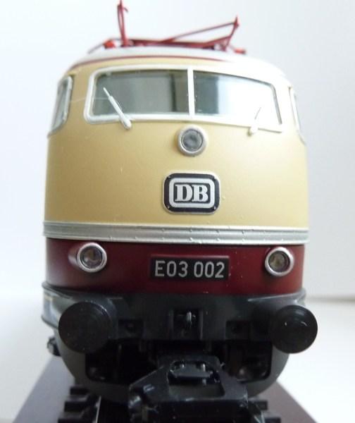 E 03 der DB (1 Lüfterreihe) P1030186degf